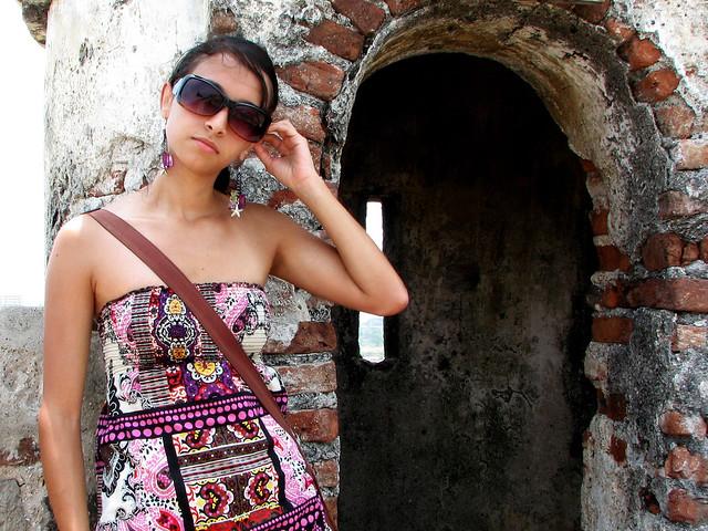 1 photo tattoo tribal and amazing girl