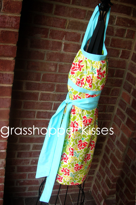 reversible full apron in anna horner side 1