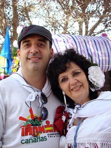 Rocio Melilla 046, La Dama de Melilla junto a su hijo