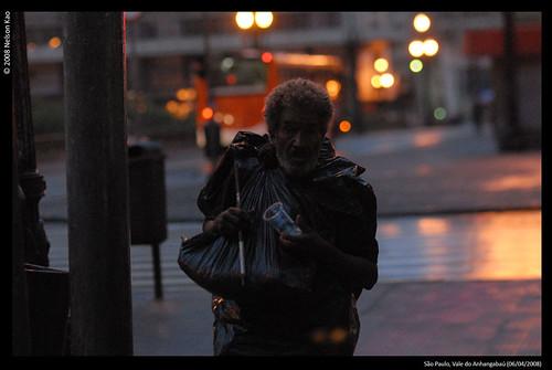 20080406_Vertigem-Centro-fotos-por-NELSON-KAO_0217