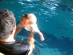 Arkan Hakam Learn to Infant Swimming