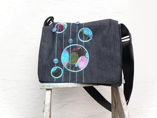Turquoise Flower Dot Messenger Bag