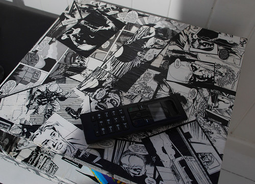 comic telephone table