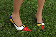 FETISH: MONDRIAN (VonMurr) Tags: italy art fetish shoes contemporaryart poland hills pietmondrian highhills maurycygomulicki