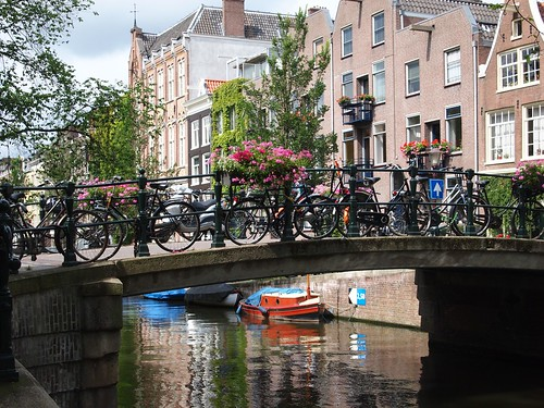 Amsterdam: canal bridge