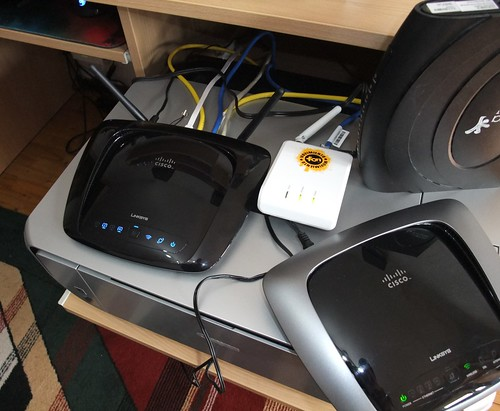 Linksys WRT160NL: Linux interneto routeris