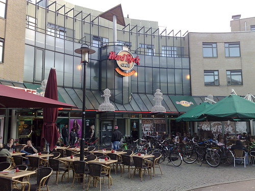 Is There A Hard Rock Cafe In Dusseldorf