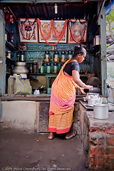 Tea lady (Java Cafe) Tags: india tea brew cha kolkata bengal chai calcutta westbengal teastall   2009jhinukchowdhury