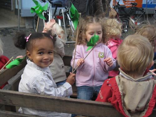 Kinder + Windrädchen = :-)