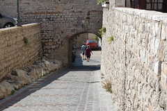 """Which way now?"" (snaphappy51) Tags: old france streets lost cotedazur arch framed direction gateway walls cobbles antibes entry decision whichwaynow"