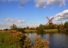 Hollands herfstlandschap met molen - Dutch autumn landscape with windmill (RuudMorijn) Tags: old autumn summer sky panorama brown sunlight reflection fall mill tourism water netherlands windmill colors zeilen rural season outdoors scenery colorful power view place outdoor traditional herfst sails scenic nederland peaceful objects nobody scene panoramic structure explore national sail tradition gemeente polder axis molen hollands masterpiece rode drimmelen herfstlandschap terheijden