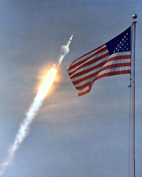 480px-Apollo_11_launch