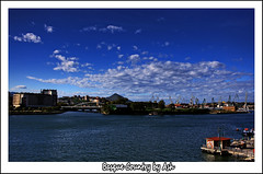 Postcards from Euskadi Ria de Bilbao Bizkaia (Asi75er) Tags: city travel sun clouds photoshop canon bilbao elements nubes bizkaia euskalherria ria hdr euskadi bilbo basquecountry paisvasco barakaldo photoshopelements erandio 400d canoneos400d skyascanvas