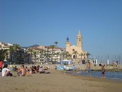 Iglesia frente al mar en Sitges