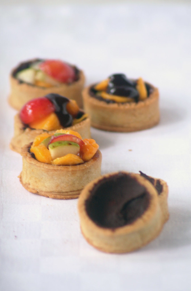 Vegan fruit tartlets