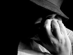 (ccarriconde) Tags: ccarriconde cristinacarriconde mão camisa arquivo chapéu copyright©cristinacarricondeallrightsreserved 102703 ©cristinacarriconde
