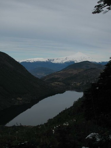 view of the volcano over lago Tilquilco
