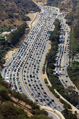 Los Angeles Traffic (ionut iordache) Tags: california road ca usa cars canon la losangeles highway traffic freeway brentwood santamonicamountains i405 gettycenter canonef70200mmf28lusm sandiegofreeway interstate405 interstatehighway canon450d canoneos450d platinumheartaward canondigitalrebelxsi mmmilikeit