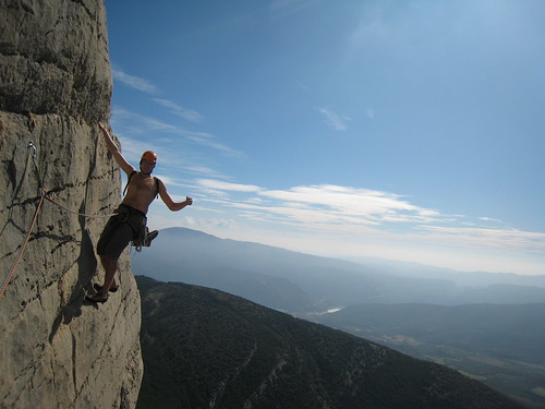 Me on a juggy traverse