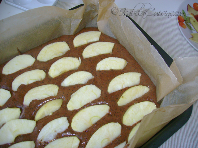 Chocolate cake, poppy and apples