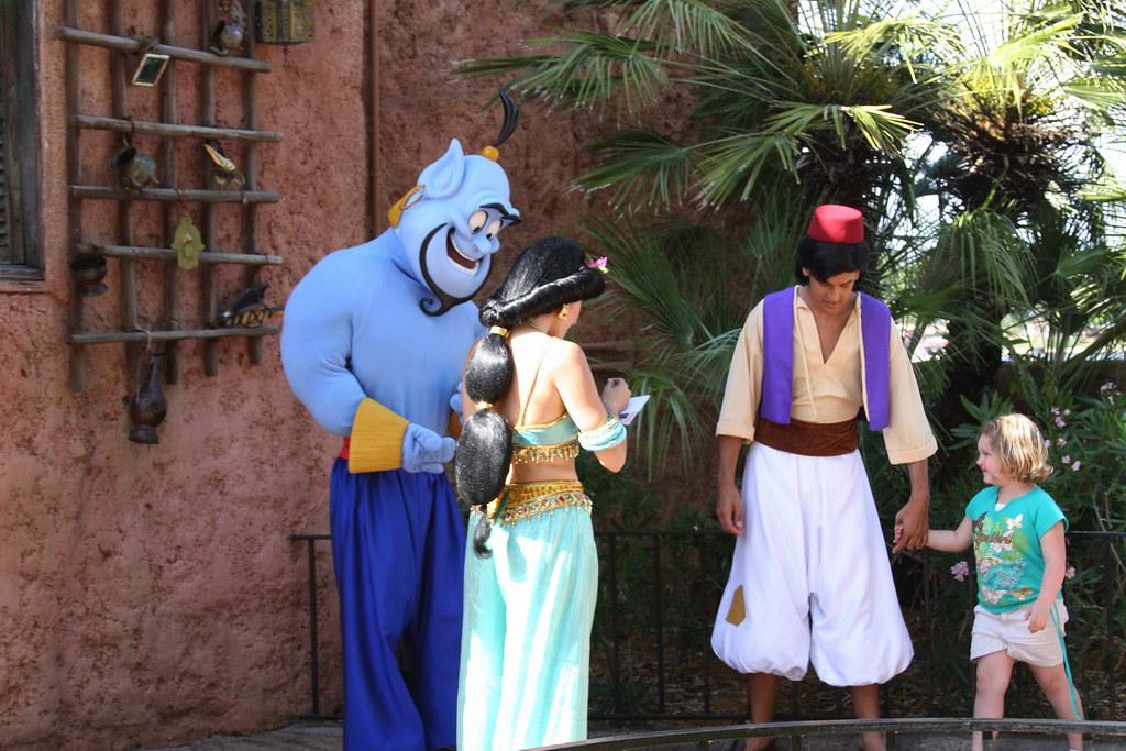 Genie, Jasmine & Aladdan Characters