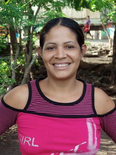Tamara del Circo Sonia y Hermanos Alegria; Puerto Díaz, Chontales, Nicaragua