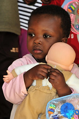 U.S. service members visit Swazi orphanage dur...