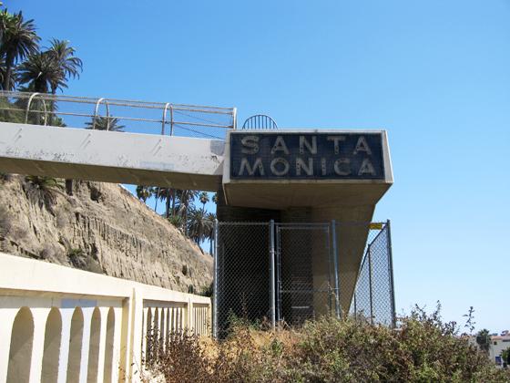Santa-Monica-2009staycay-1
