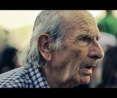 Attention (Daniel Guillan) Tags: old portrait man eye look mouth ojo dof expression perfil profile grandfather grandpa pops attention boca mirada viejo abuelo atención atento سكس سیکسی صورسيكس