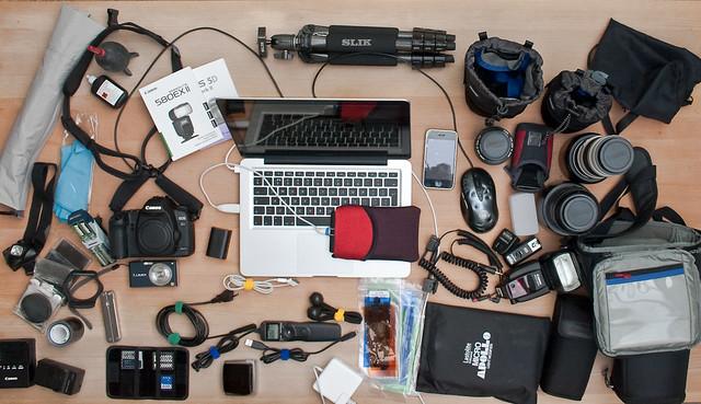 apple canon tripod gear list preparation roundtheworld canon70200f4l canon50mmf14 canon2470f28l panasoniclumixfx33 canon5dmarkii macbookpro13 sliksprintminiii