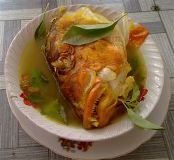 Sup Kepala Ikan Garang Asem Denpasar
