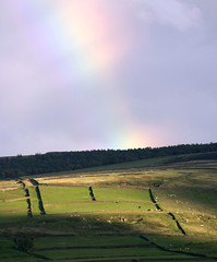 Moss Edge. (andyholmfirth) Tags: park district peak national pennines holmfirth sunshineshadows digleydogwalk funnyrainbow