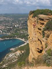 Climbing (Pierre♪ à ♪VanCouver) Tags: france climbing cassis escalade calanque laciotat