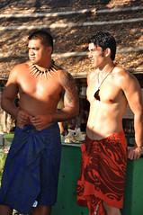 Hawaiian Guys (sfPhotocraft) Tags: shirtless usa hawaii pacific oahu 2009 hawaiians hawaiianguys