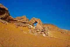(642) Kristallberg (avalon20_(mac)) Tags: africa travel blue sky sahara nature geotagged sand desert egypt 500 misr eos40d schulzaktivreisen