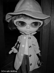 WAW - Spy or movie star? (1)
