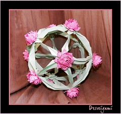 Lotus globe (end_zola) Tags: arabesque kusudama origamiflower origamiball origamiflowers origamilotus origamiglobe decorigami lotusball lotusglobe