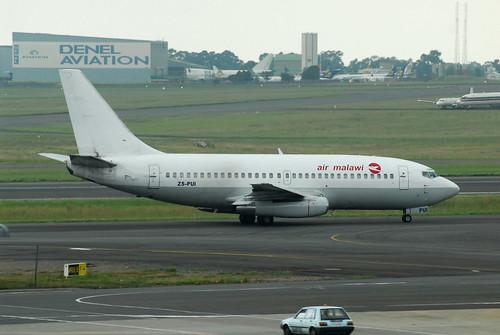 Air Malawi 737-200 ZS-PUI