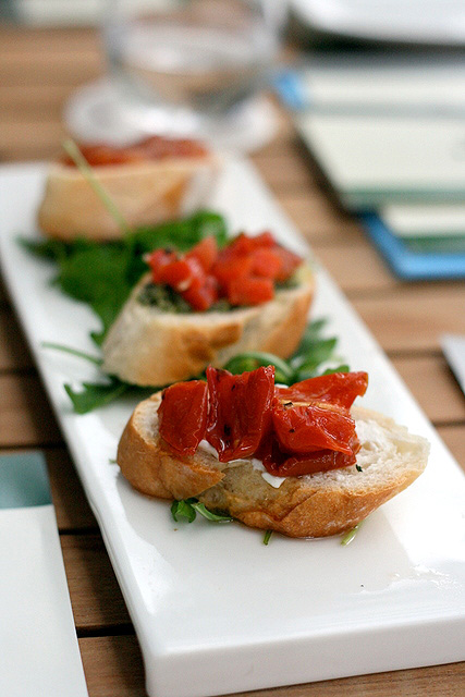 Tapas - Bruschette di pomodoro (S$8.80): Three kinds of tomato bruschetta