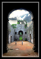 Frame - vasai Fort (Satej S) Tags: india fort maharashtra mumbai portuguese vasaifort