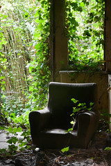 sofa (Peopleinpixels - Alfonso Batalla) Tags: espaa la spain decay asturias abandonos industrialruins abandonments fertilizers