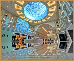 (Villagio) Luxury Shopping Mall - Qatar (khalid almasoud) Tags: trip reflection comfortable canon mall shopping eos flickr photographer floor january style best estrellas venetian distillery 2009 khalid ceilings doha qatar luxurious     villagio 50d photographyrocks almasoud flickraward
