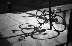 Bike (neilsonabeel) Tags: olympusxa2 olympusxa olympus film analogue blackandwhite kentmere400 kentmere bike bicycle