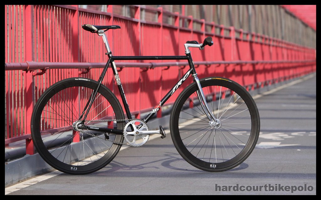 Black IRO Velocity B43 wheels on bridge