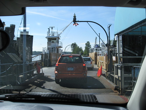 Albion Ferry loading by Kalev.