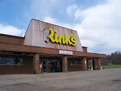 OH Marietta - Rink's (scottamus) Tags: old ohio sign shopping store market center former marietta flea department washingtoncounty rinks