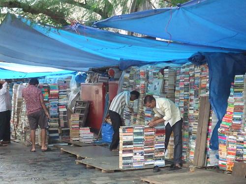 Mumbai Bookstore-bookstall2