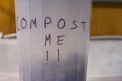 Anglų lietuvių žodynas. Žodis compost reiškia n kompostas lietuviškai.