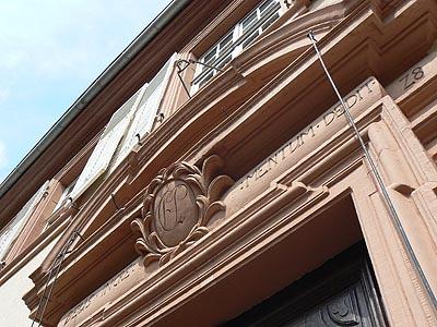 fronton maison andré.jpg