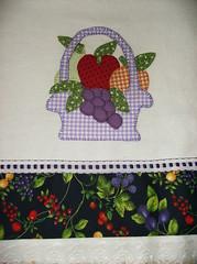 guardanapos (by Pathy) Tags: colors quilt flor patchwork algodão appliqué aplicação customizada patchcolagem bordadosamão camisetascomaplicação tecidosestampados guardanaposcomaplicação bypathy